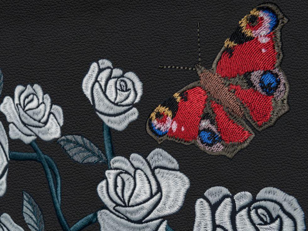 2019 Rolls-Royce Phantom Rose embroidery interior