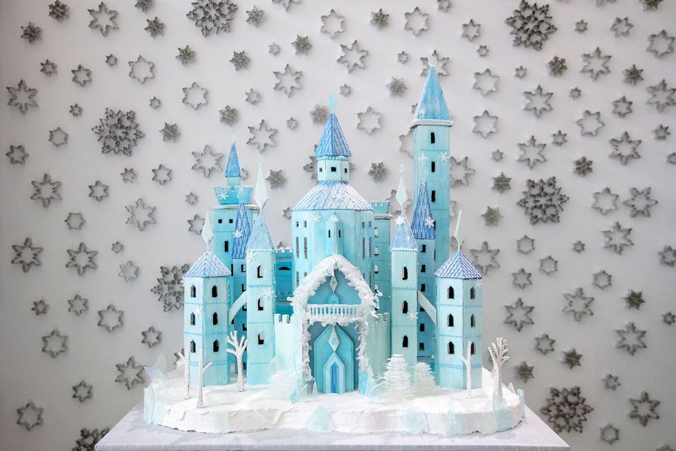 Someone Built A 75-Pound 'Frozen'-Inspired Gingerbread Castle, And It's Definitely Worth Melting For