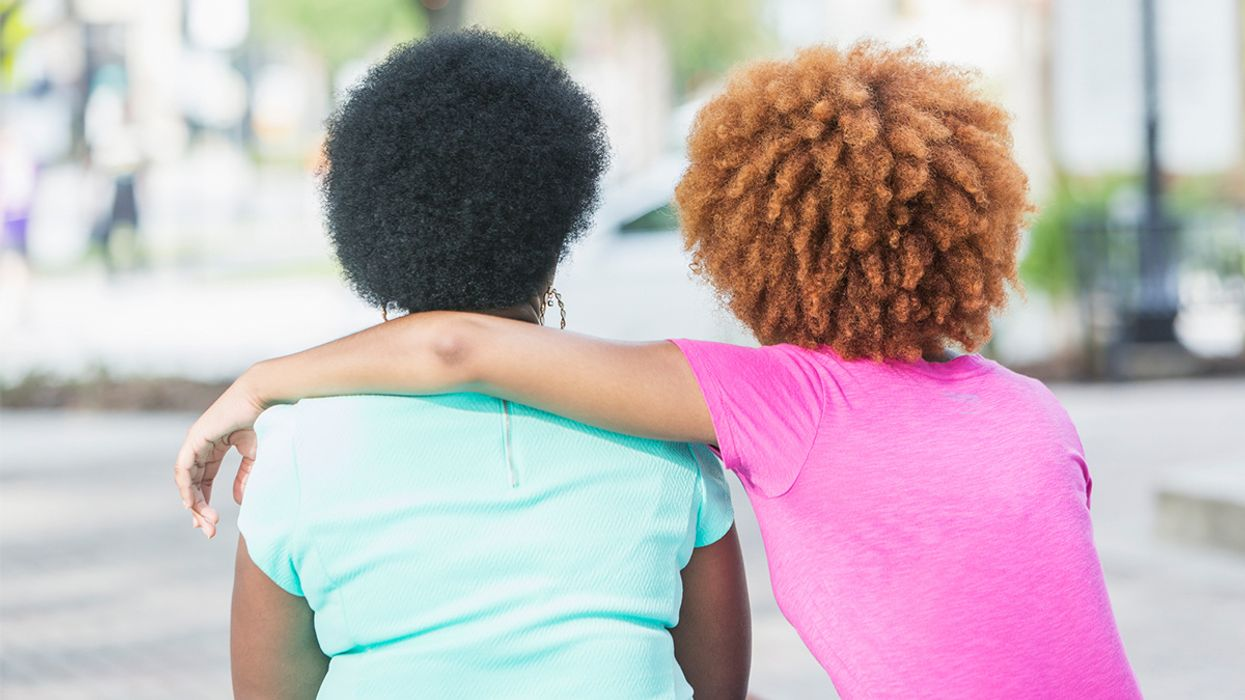 Some Hair Dyes and Straighteners Linked to Higher Breast Cancer Risk, Especially in Black Women