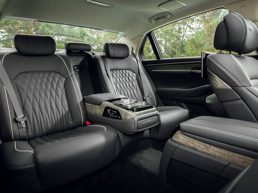 2020 Genesis G90 interior rear back seat