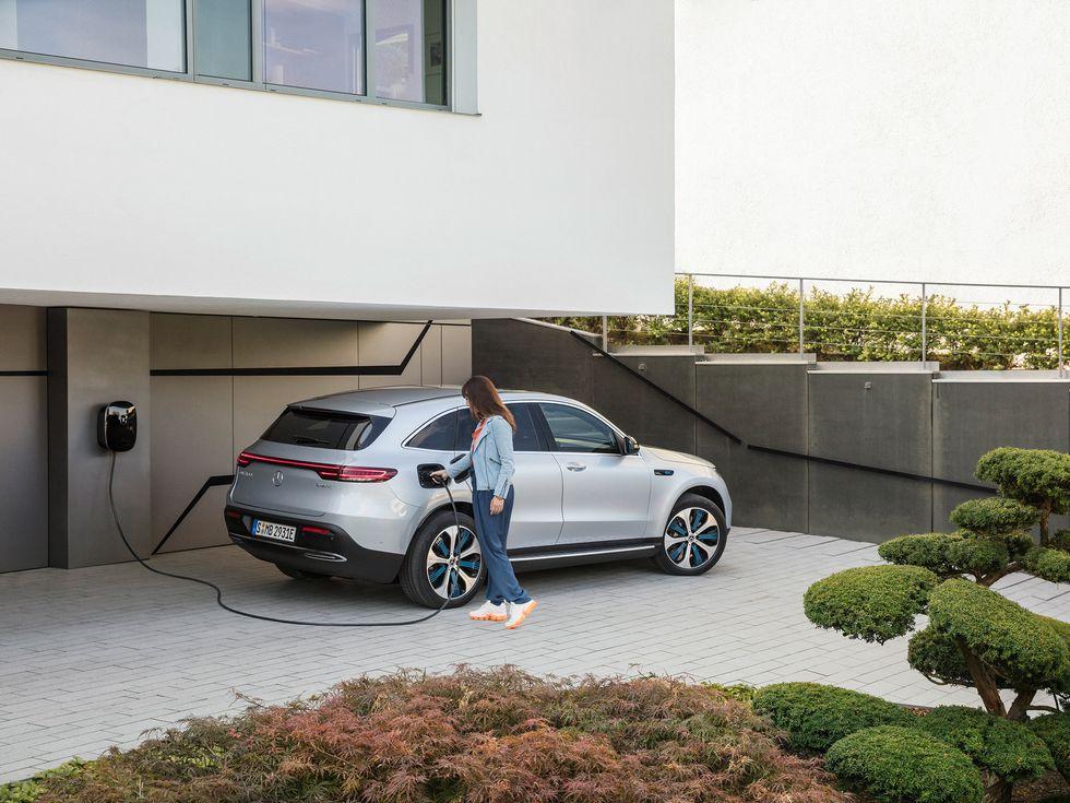 Mercedes-Benz EQC electric battery SUV