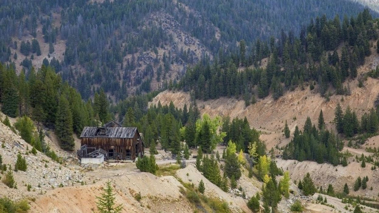 U.S. Forest Service Allows Mining Company to Write Its Own Environmental Report, Docs Show