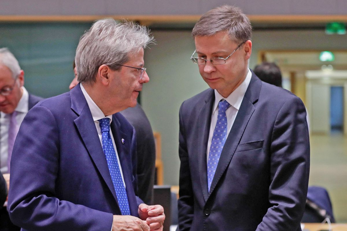 L'Ue prende a schiaffi Gentiloni e Gualtieri