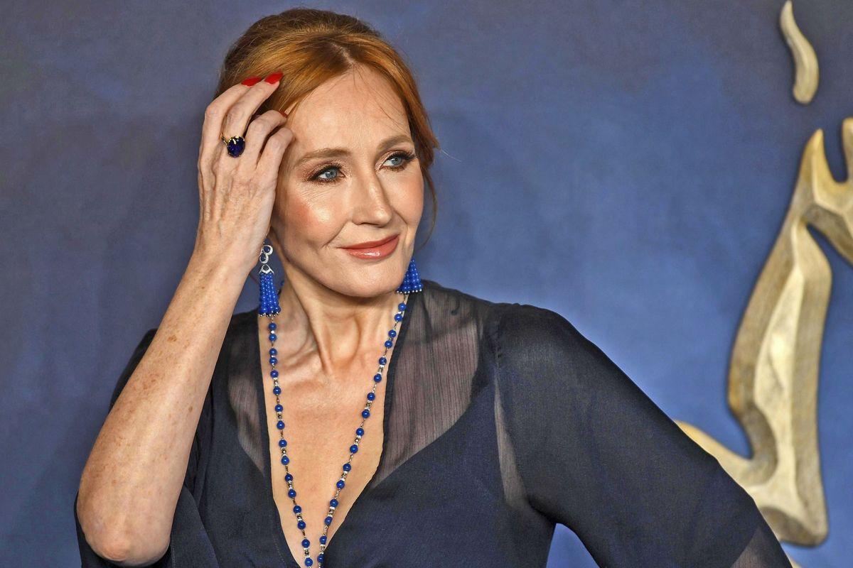 L'inquisizione trans trova un'altra strega: la scrittrice Rowling