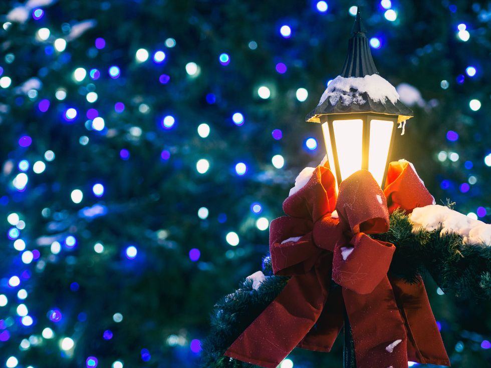 Best Cities To See Christmas Decorations