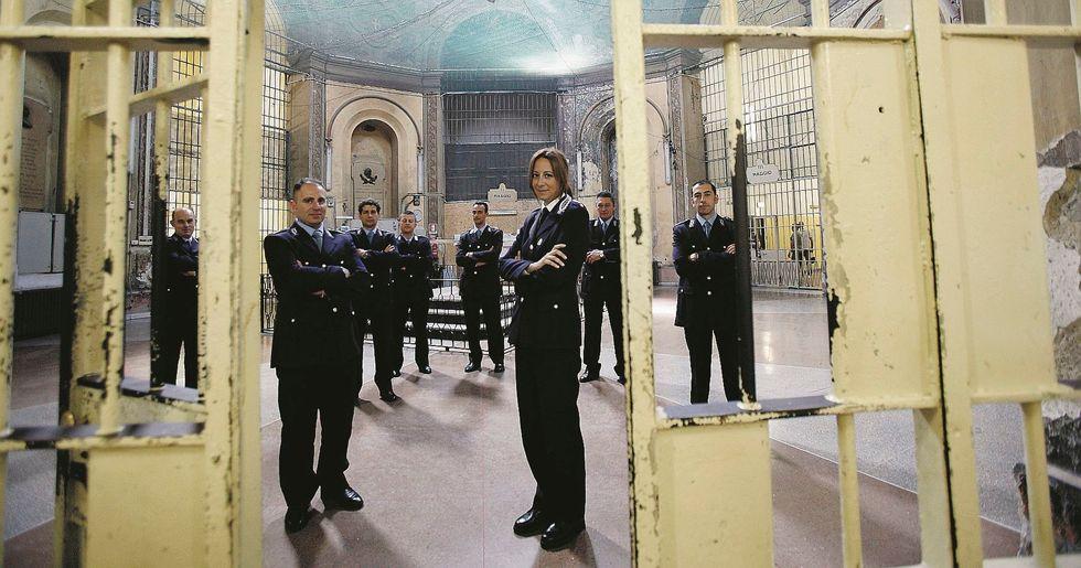 Noi veri detenuti. La rivolta degli agenti penitenziari