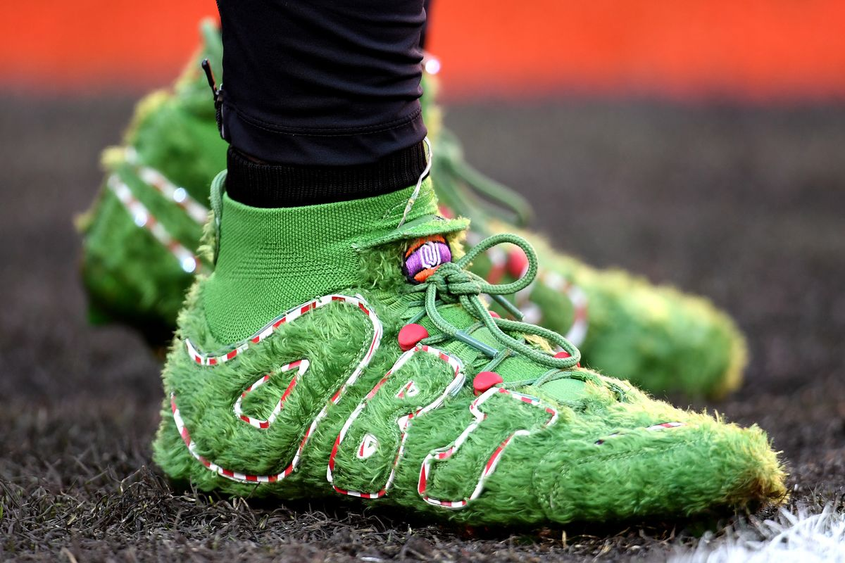 Nike Made Grinch Cleats for Odell Beckham Jr.
