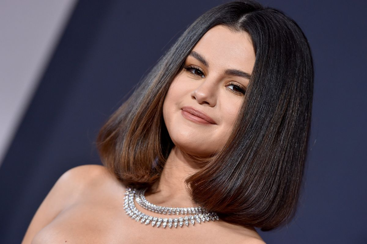 Selena Gomez Reportedly Had a Panic Attack Before Her AMAs Performance