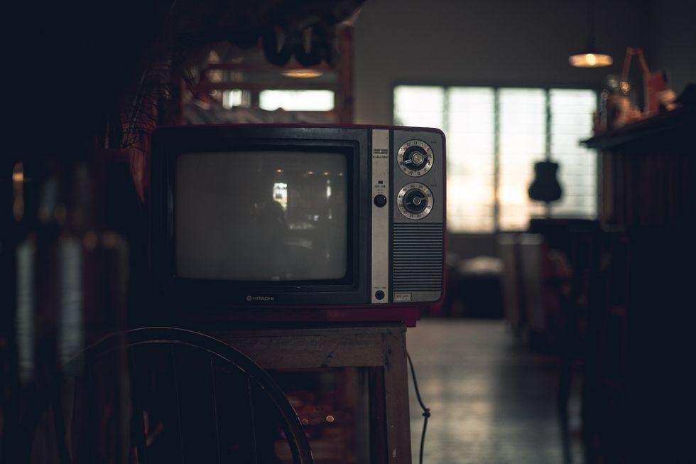 5 TV Shows To Binge-Watch Over Thanksgiving Break
