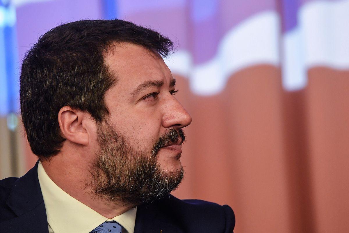 Salvini agita lo spettro di Amato sui depositi