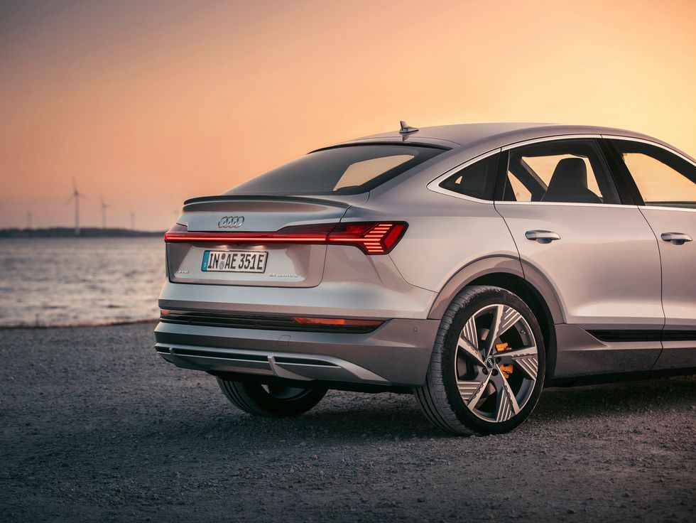 2020 Audi E-Tron Sportback rear back silver gray grey