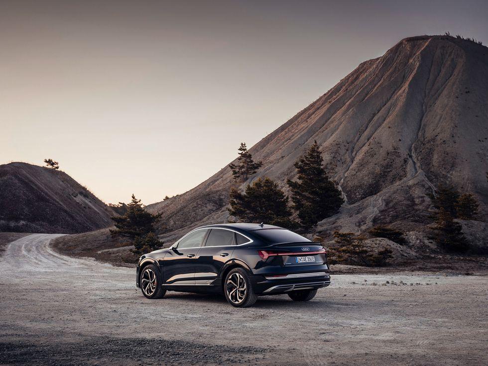 2020 Audi E-Tron Sportback black profile side