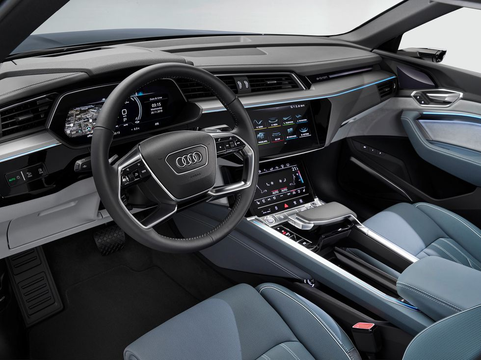 2020 Audi E-Tron Sportback interior wheel screens controls