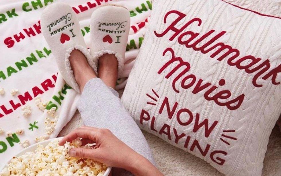 6 Reasons Hallmark Movies Are My Christmas Go-To