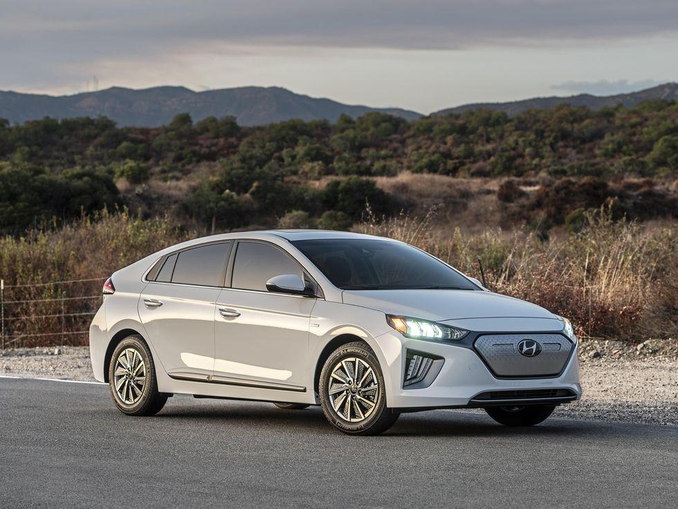 2020 Hyundai Ioniq front face grille EV Electric LED headlights wheels