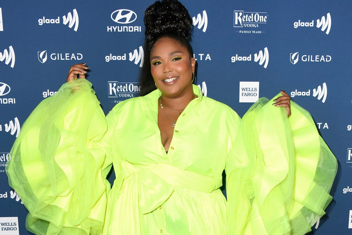 Lizzo Responds to Accusations of Paying to Get 'Water Me' Charting