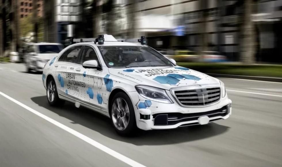 Mercedes autonomous test car