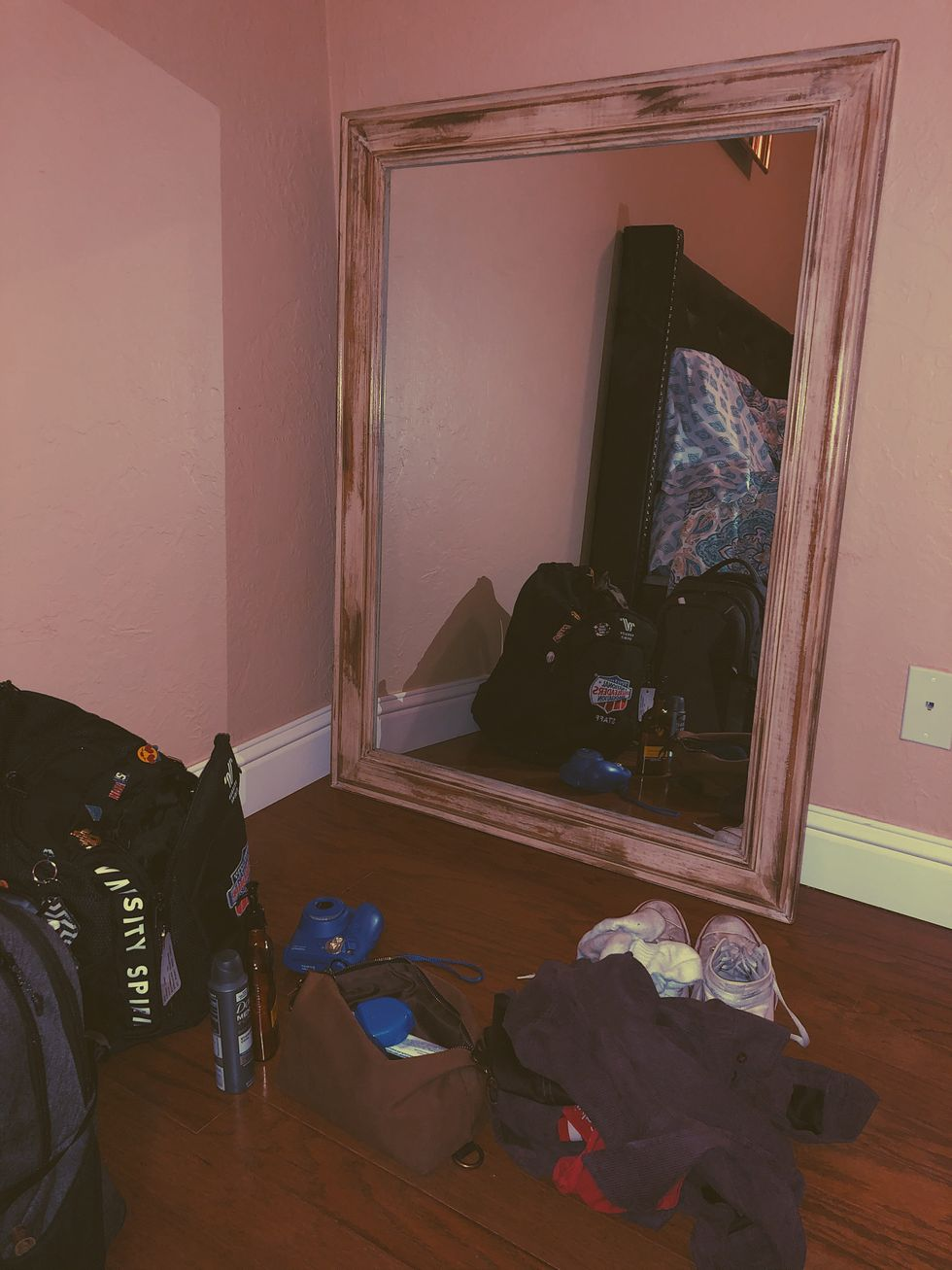 It's Crazy How A Mirror Brought Back All The Nostalgic Memories With My Best Friend