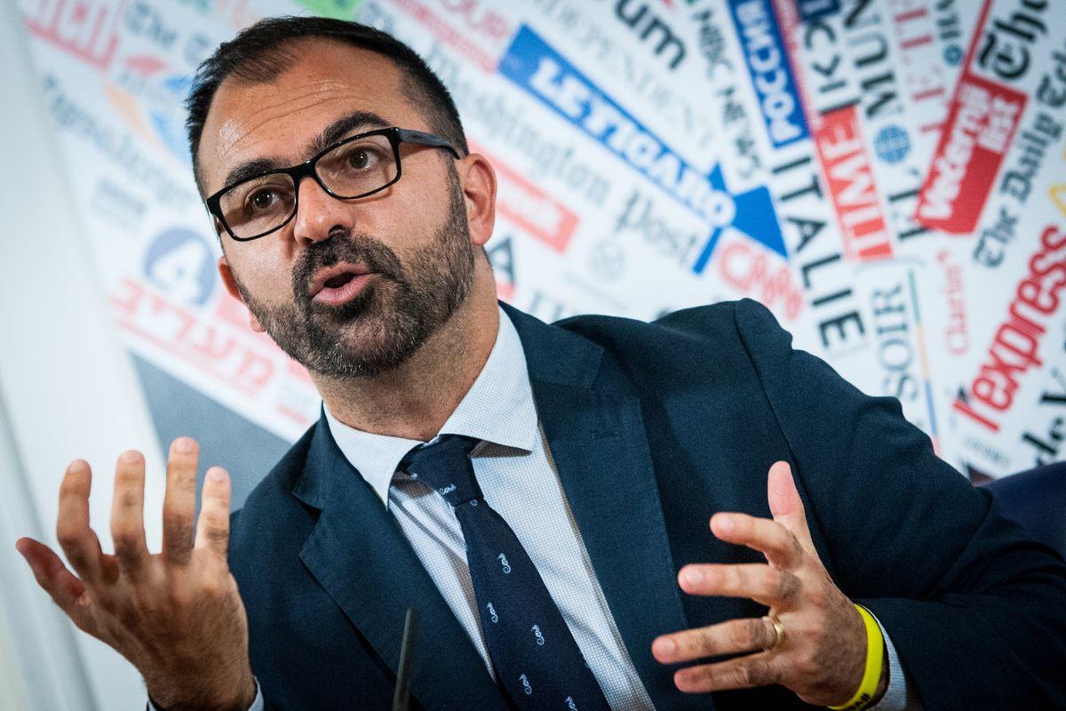 Studenti italiani bocciati in lettura ma il ministro pensa all'ambiente