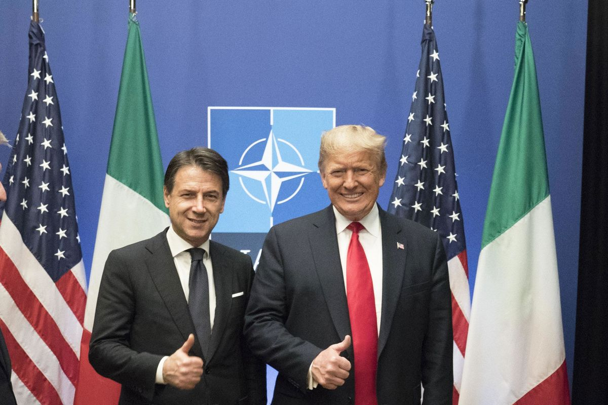 Trump si tiene stretto Giuseppi ma non chiude nessuno dei dossier
