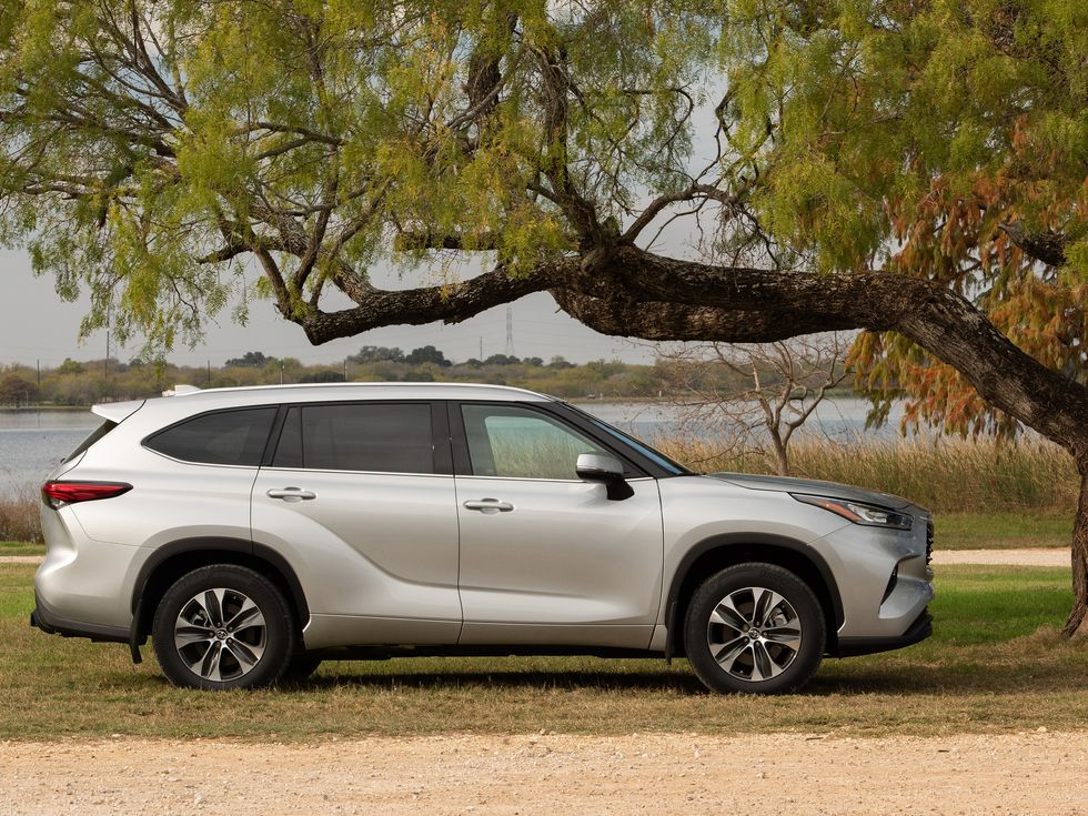Difference Between Rav4 Le And Xle >> First Drive Review: Redesigned 2020 Toyota Highlander is ...