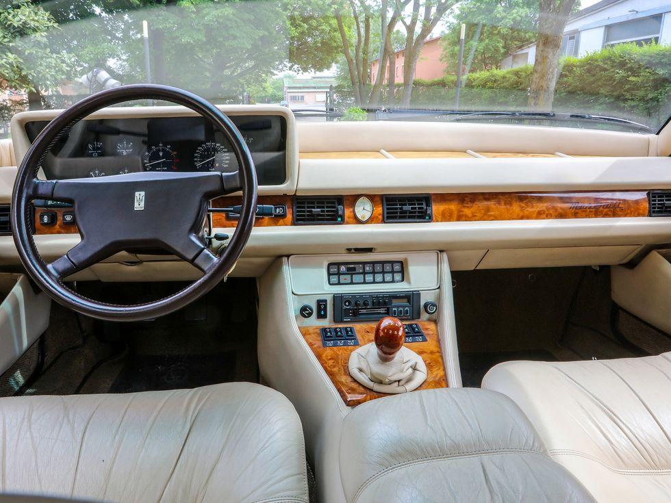 Maserati Quattroporte third generation 3rd
