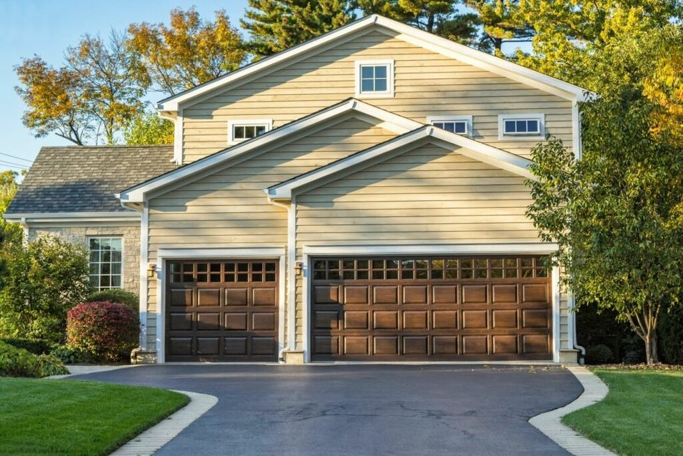 The 5 Garage Door Designs That are Going to Rule 2020