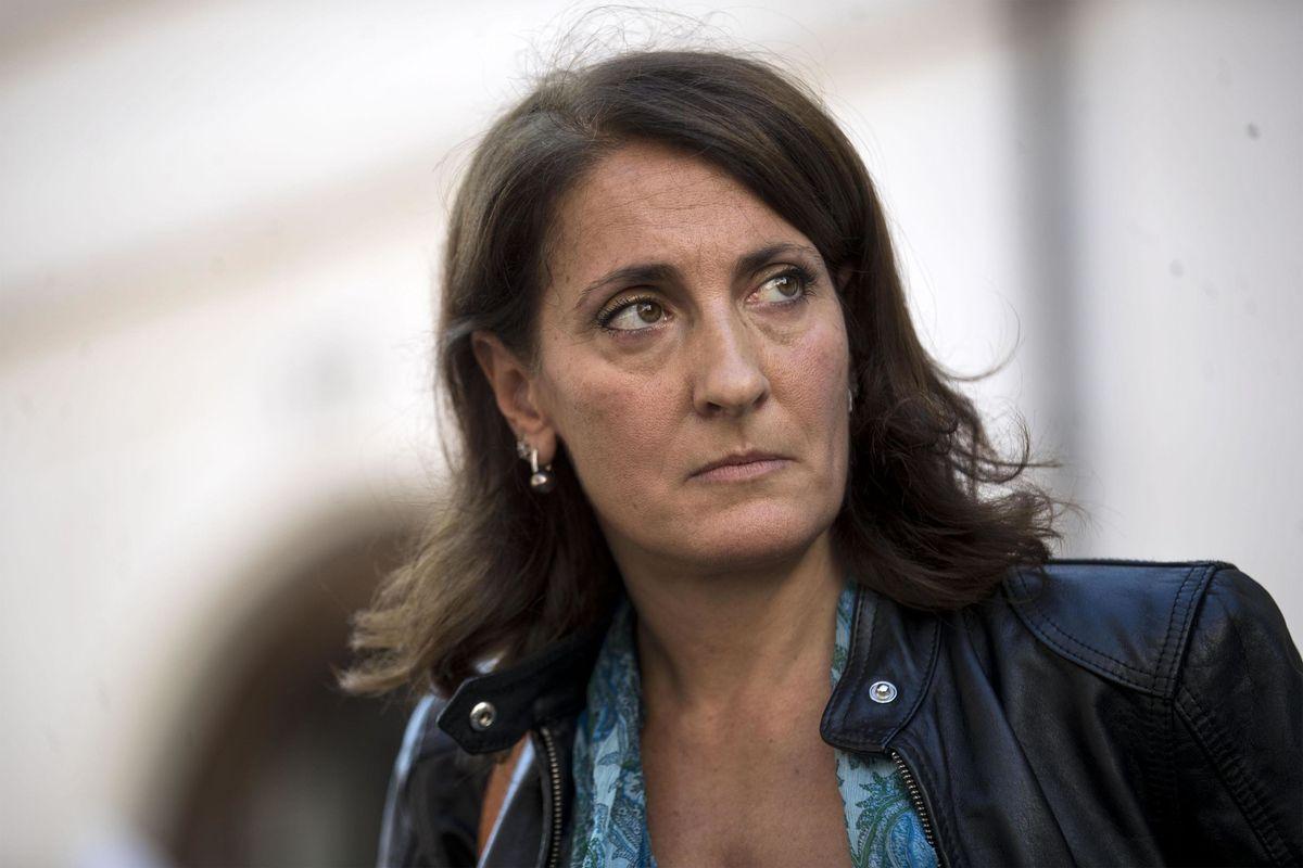 Carla Ruocco: «Le quote al Movimento io le verso ma il metodo Casaleggio non mi piace»