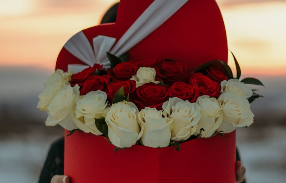 9 Flower Arrangements That'll Say 'I Love You' To Your Valentine Even More Than Just Red Roses