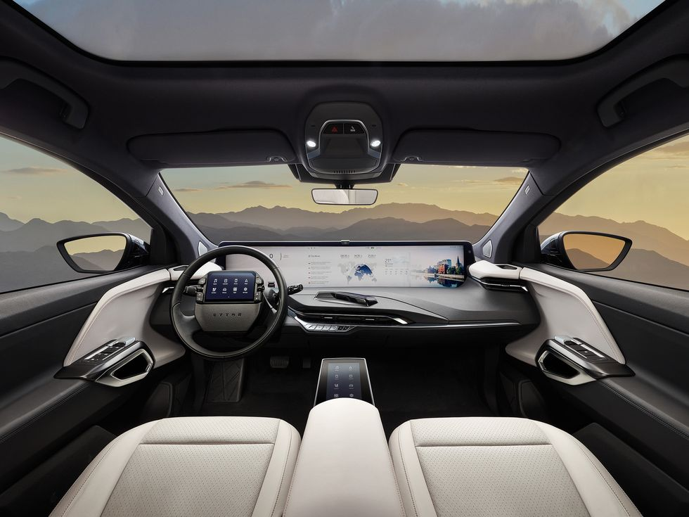 Byton interior M-Byte screen SUV