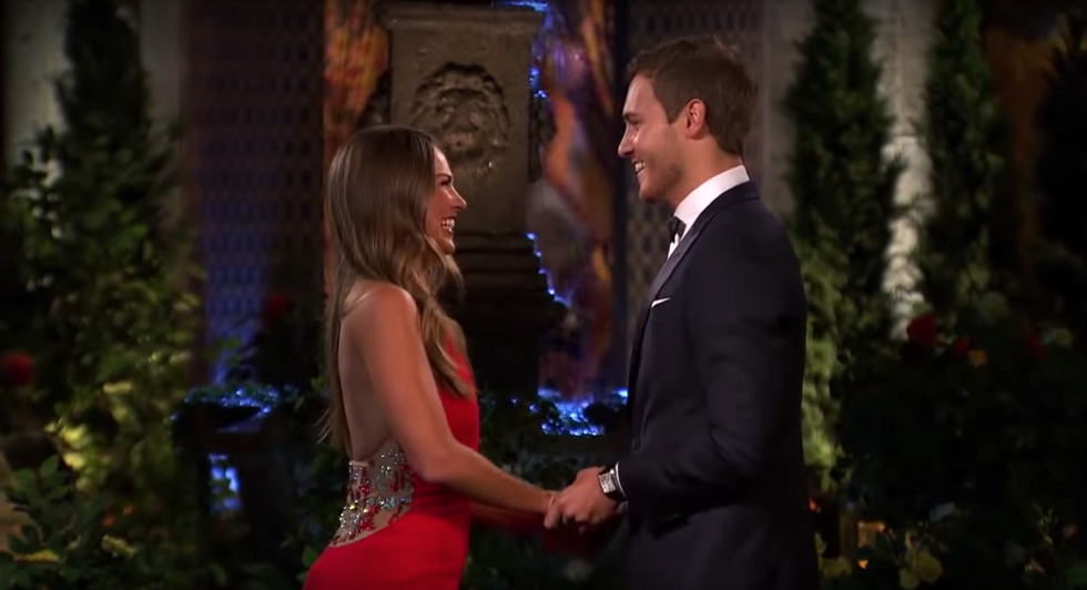 17 Of The Best 'The Bachelor' Tweets That Perfectly Sum Up The Season 24 Premiere