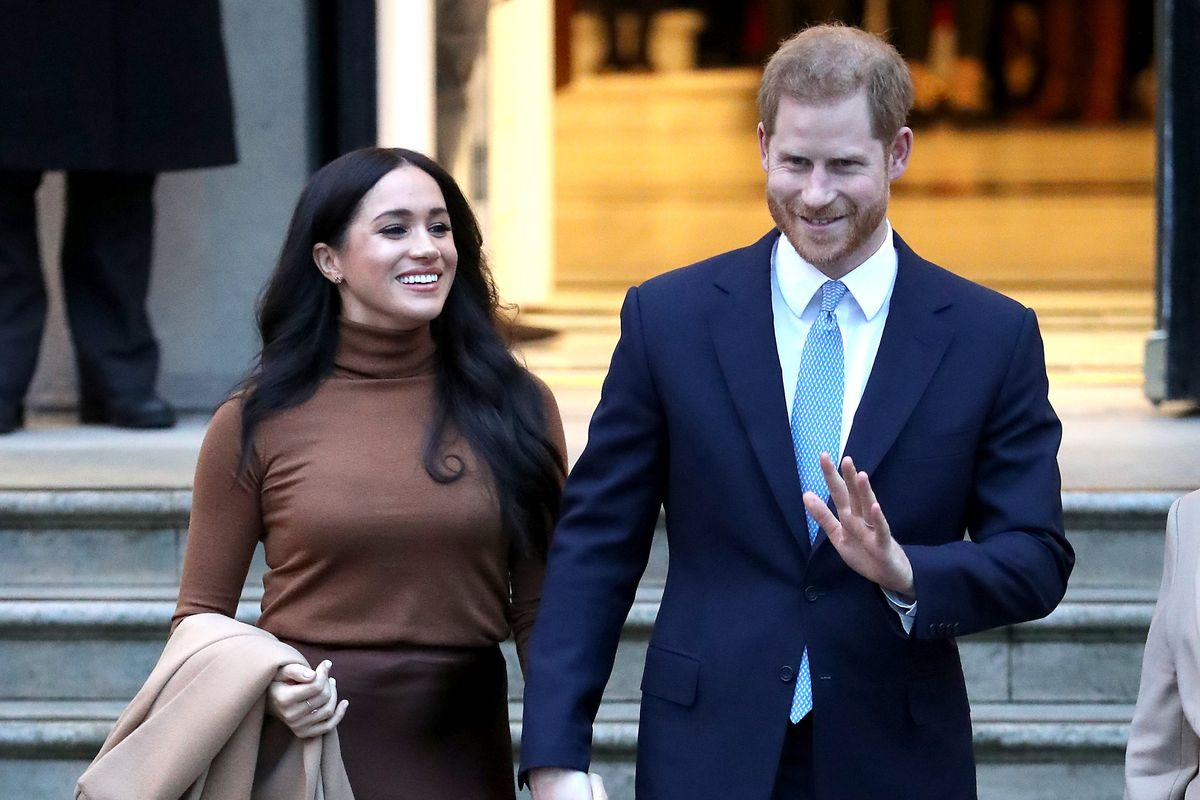 Meghan and Harry Are Dipping