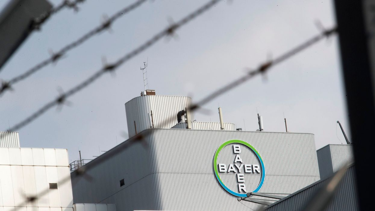 Monsanto Roundup Cancer Trial Postponed in St. Louis, Bayer Stock Climbs
