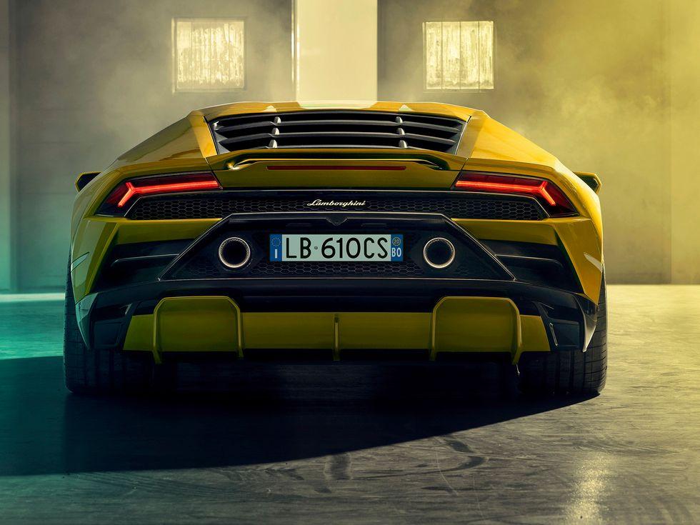 Lamborghini Hurac\u00e1n EVO RWD