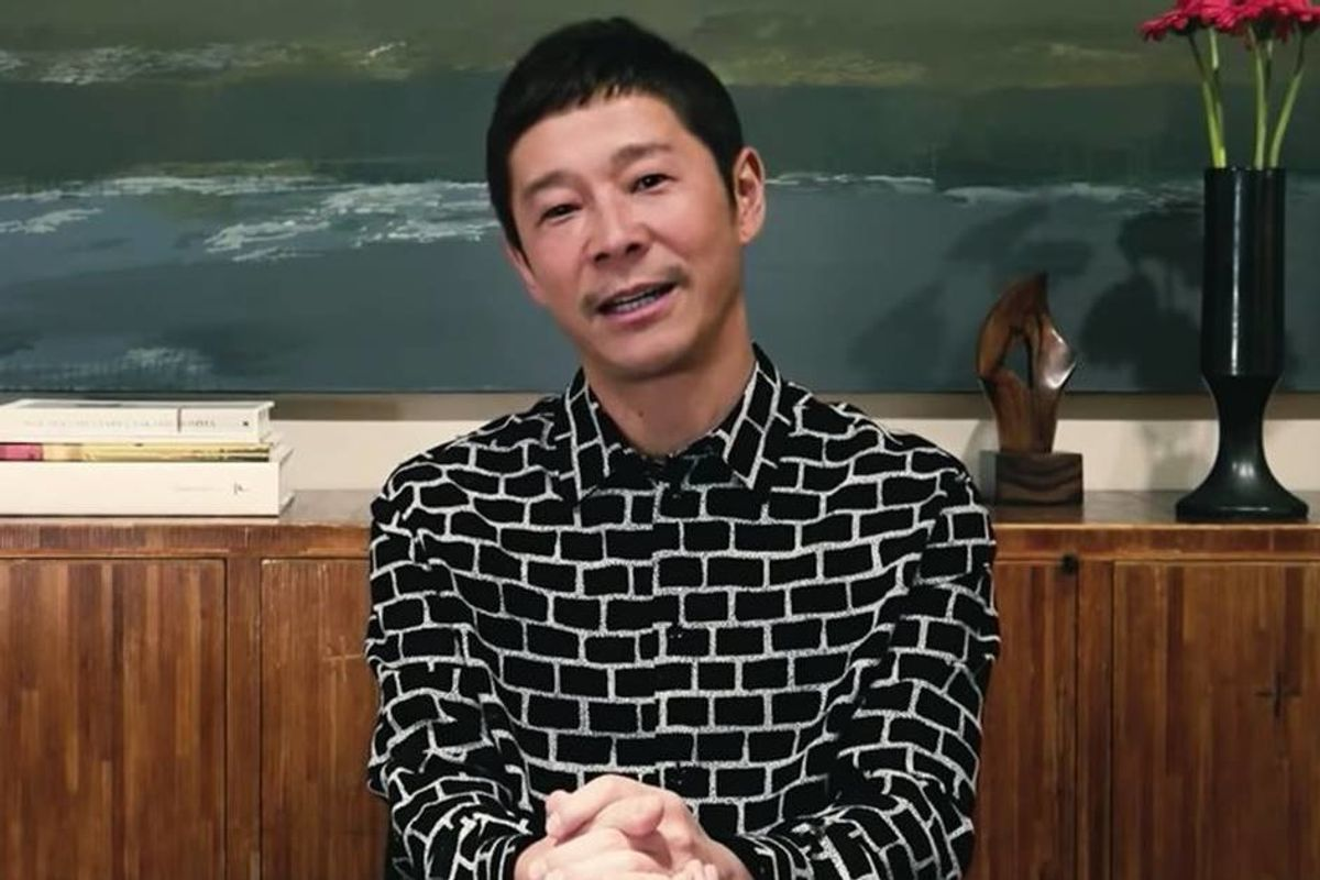 Japanese billionaire is giving away $9 million to his Twitter followers in a happiness experiment