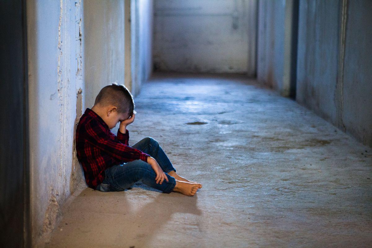 Sei anni fa gli tolsero i figli, assolti: «Nessun abuso»