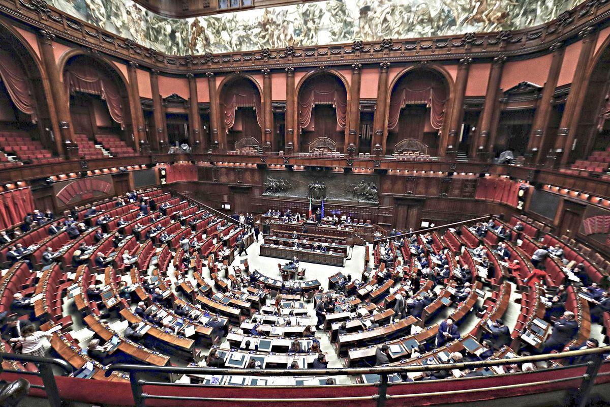 Il referendum taglia parlamentari si farà anche se nessuno lo vuole
