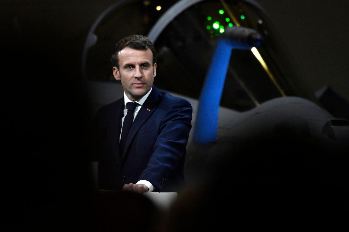 Macron fa arrestare il giornalista scomodo