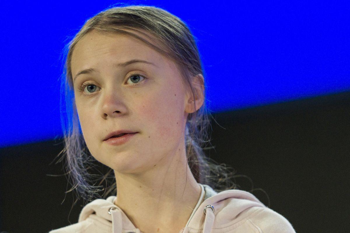 I potenti del mondo accolgono Greta che fa lo spot ai loro affari «green»