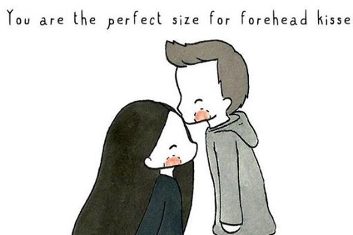 A 5-foot-tall artist makes adorable cartoons on the perks of being short