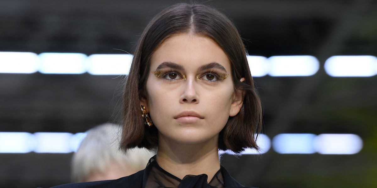 Kaia Gerber Trolls Fans With Fake Pregnancy Post