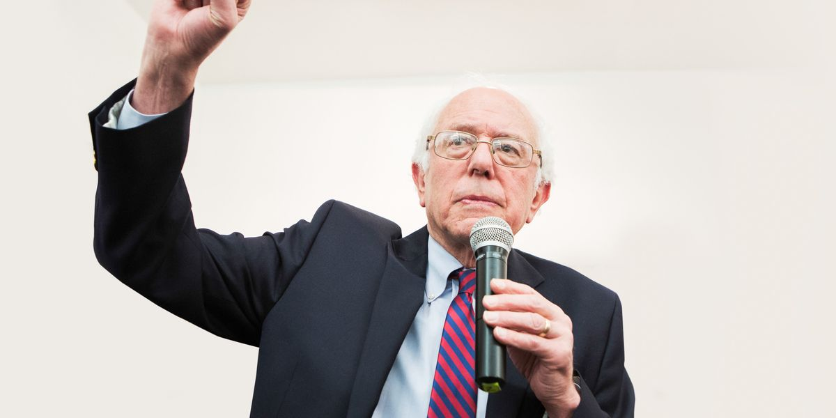 Why Everyone Is Thirst Trapping For Bernie Sanders