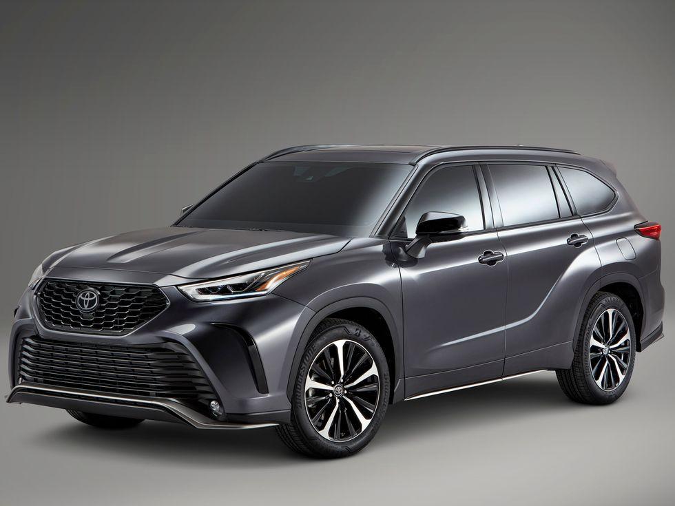 2021 Toyota Highlader XSE