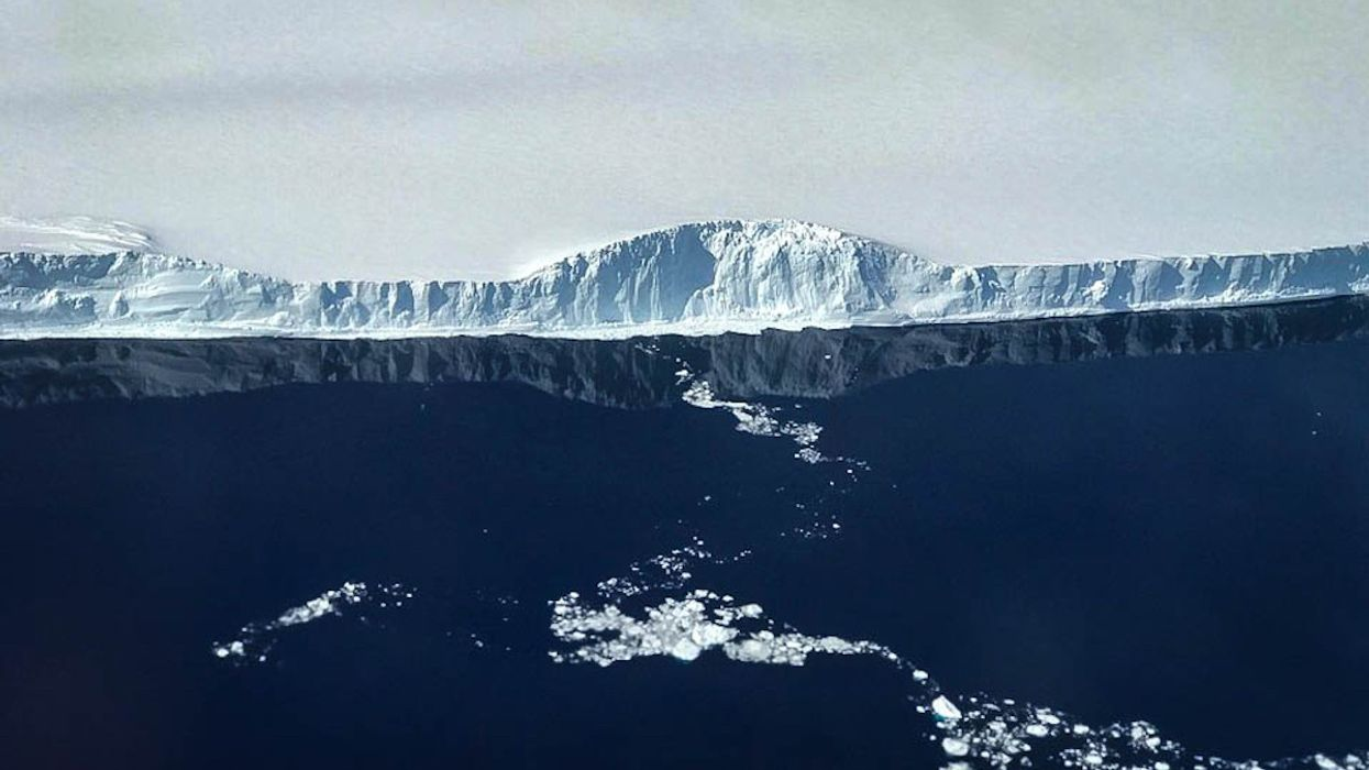 World's Largest Iceberg Headed for Open Water
