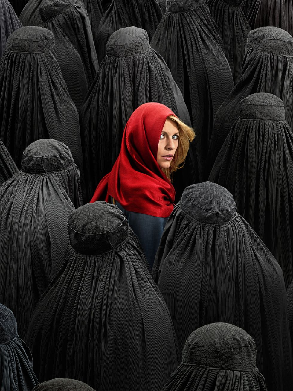 Claire Danes in a sea of Muslim women in portrait for Homeland.