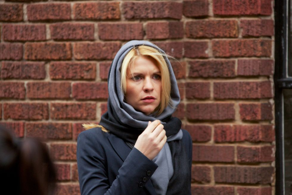 Claire Danes wearing a head shawl