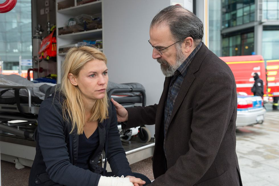 Claire Danes and Mandy Patinkin on the set of Homeland.