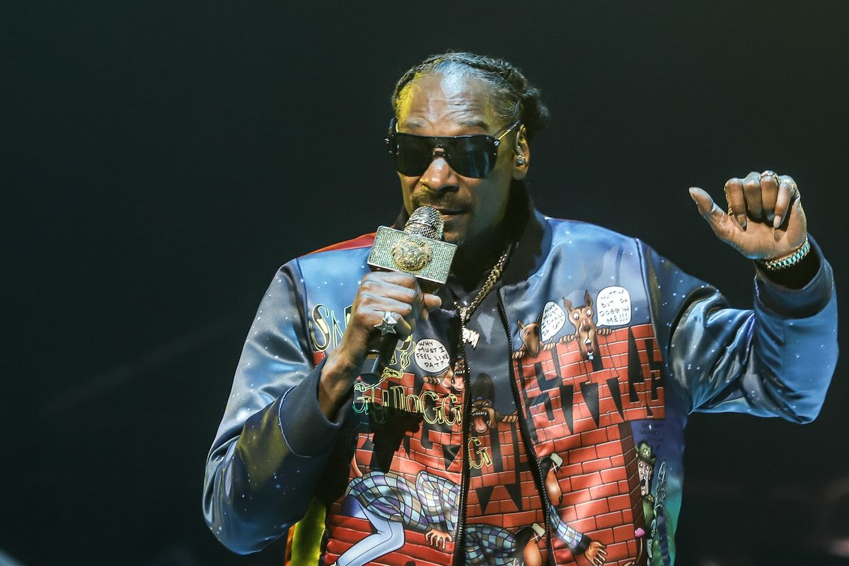 Snoop Dogg Comes for Gayle King, Oprah Over Kobe Bryant