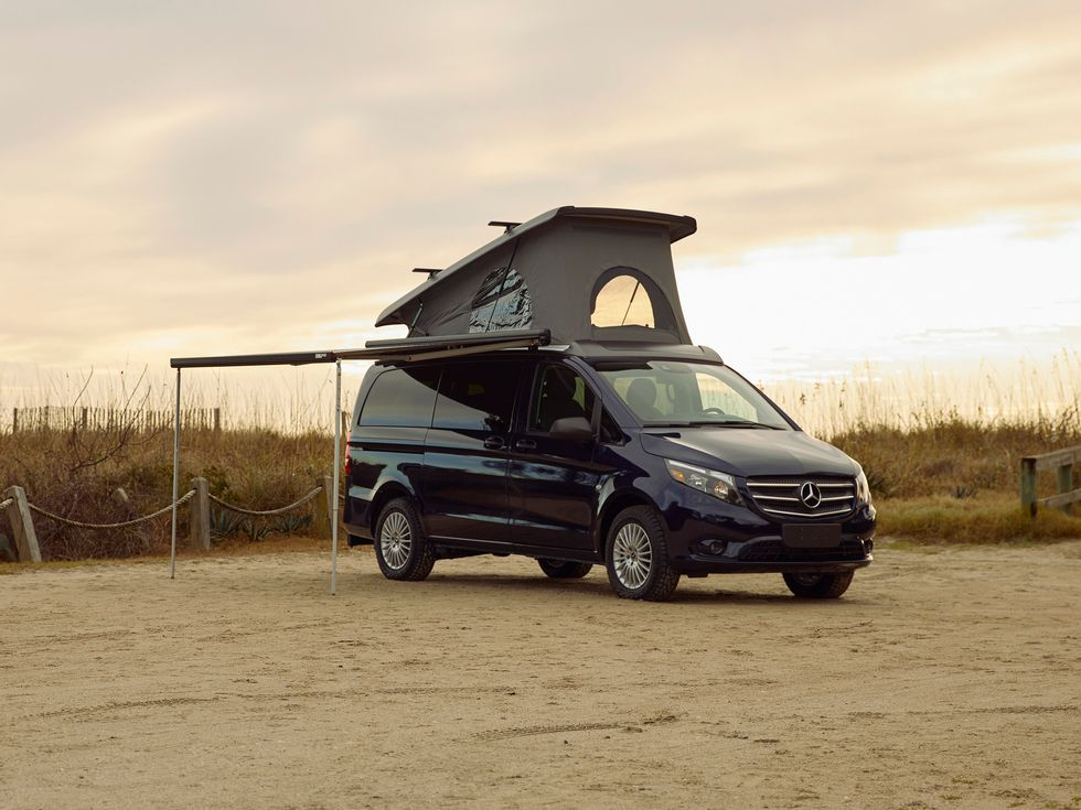 Mercedes-Benz Metris Weekender