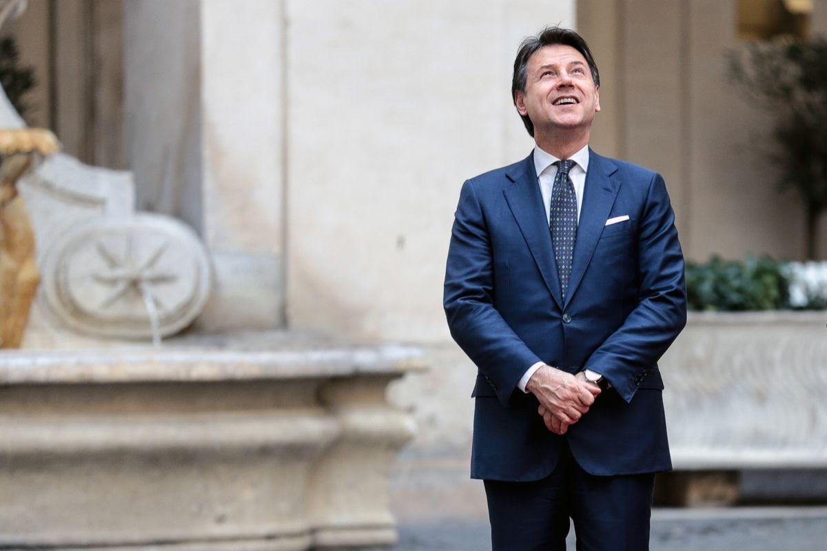 Giuseppi fa lo gnorri sul pasticcio del ministro candidato alle elezioni